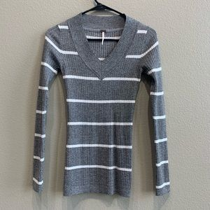Long Sleeve Shirt in Gray with Stripes